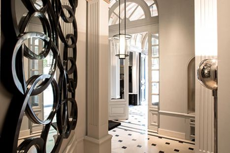 La-Reserve-Paris-Apartments-Entrance.jpg